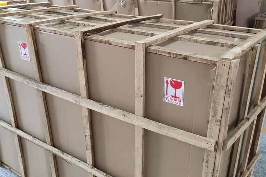 hp-wooden-package-min